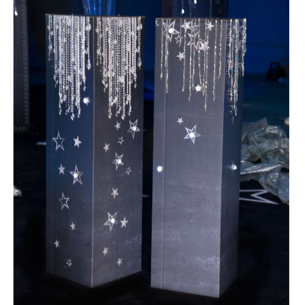 Dazzling Diamonds and Stars Columns Kit (set of 2)