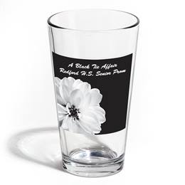 Full-color Leo Tumbler - Pretty White Flower
