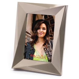 "Gold Mod Edge Plastic 4"" x 6"" Photo Frame"