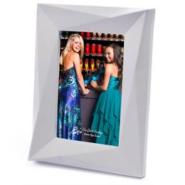 "White Mod Edge Plastic 4"" x 6"" Photo Frame"