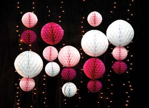 10 Fun Ceiling Decorating Ideas For Prom & 10 Fun Ceiling Decorating Ideas For Prom | PromNite Idea Center