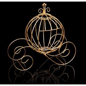 Gold Wire Coach Centerpiece