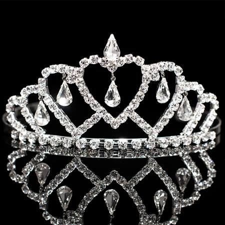 Queen of Hearts Tiara - 2 1/4 in.